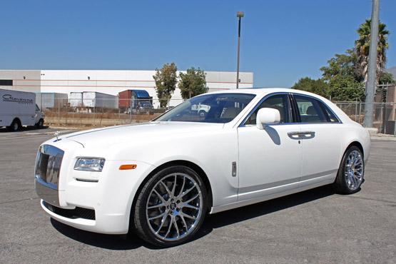 rolls royce phantom white with black rims. rolls royce phantom white with black rims a