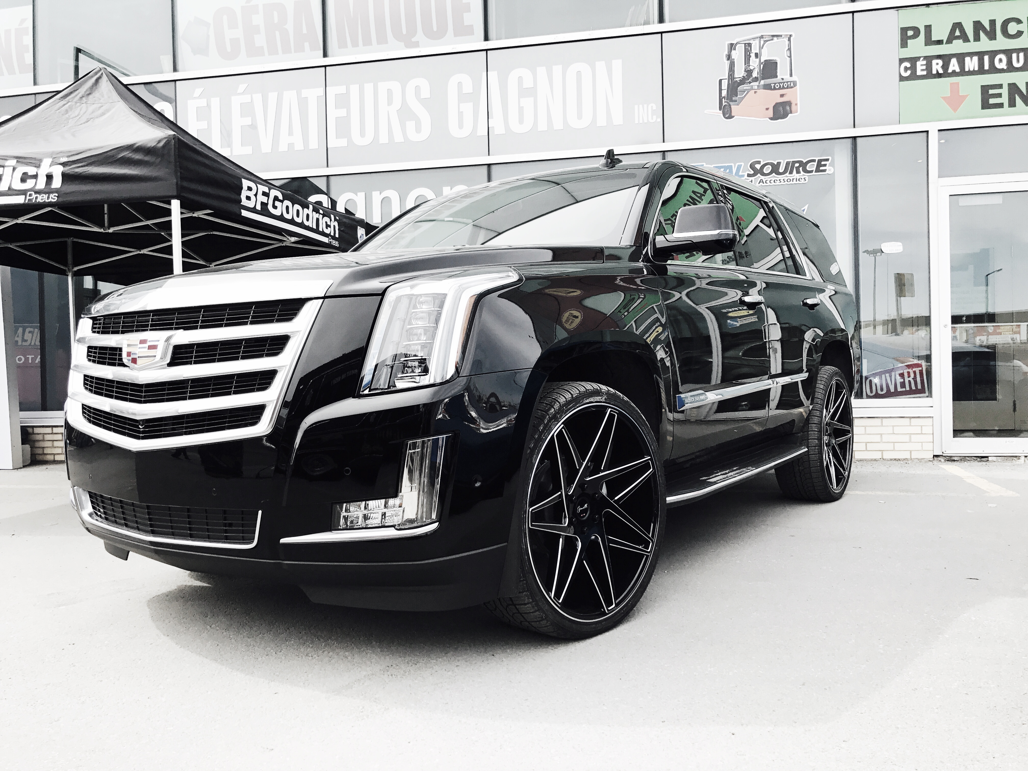 chauffeured transportation vehicles dsc escalade accessories ecostyle cadillac